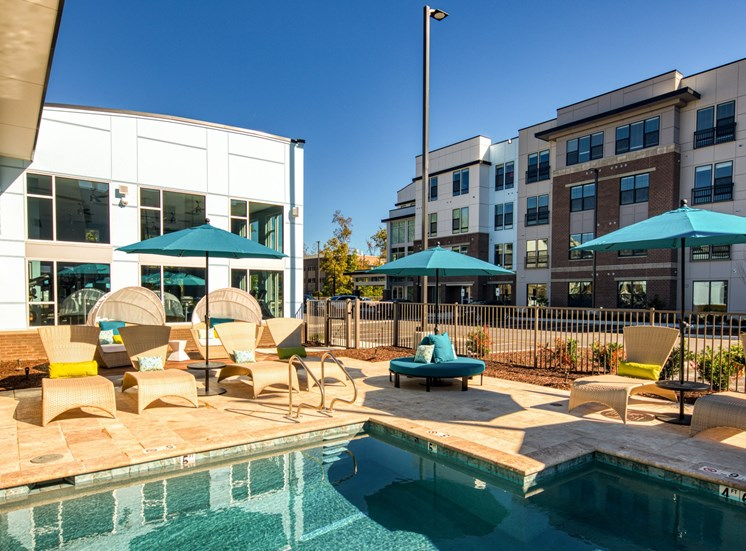 Pool_Lumen_Apartments_18