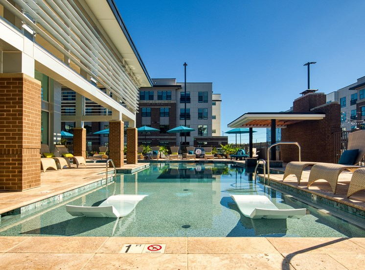 Pool_Lumen_Apartments_74