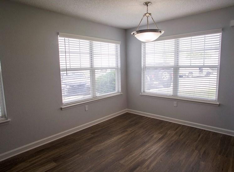 Bedroom at Flintlake Apartments