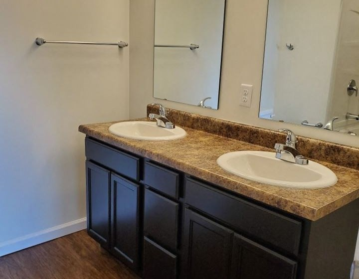 Jack and Jill sink