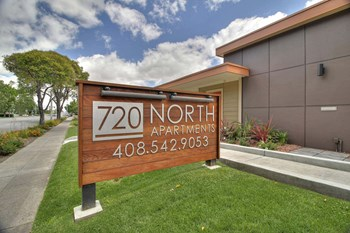 720 Fair Oaks Studio Apartment for Rent Photo Gallery 1
