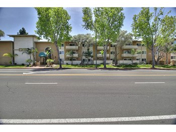 2101 California Street Studio-2 Beds Apartment for Rent Photo Gallery 1
