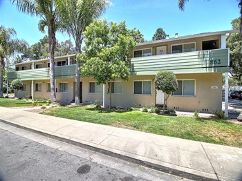 858, 862 Coleman Avenue Studio-2 Beds Apartment for Rent Photo Gallery 1