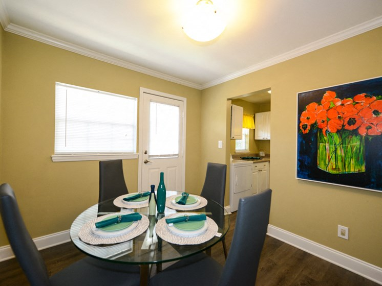 Hidden Colony Apartments Dining Room