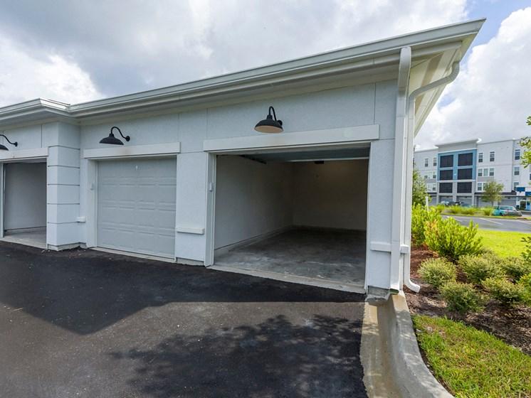 Ciel Luxury Apartments | Jacksonville, FL | Private Garages