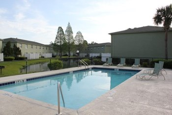 1211 Goldfinch Drive 1-2 Beds Apartment for Rent Photo Gallery 1