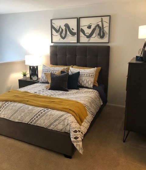 Turtle Pointe Apartments | Houston, TX | Large Bedroom with Plush Carpeting