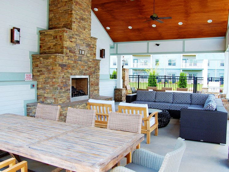 Outdoor Lounge at The Indigo at Cross Creek