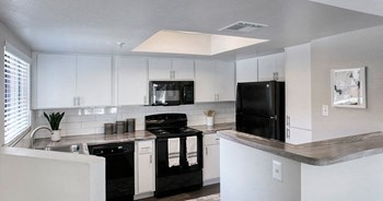 3255 S Dorsey Ln 1 Bed Apartment for Rent Photo Gallery 1