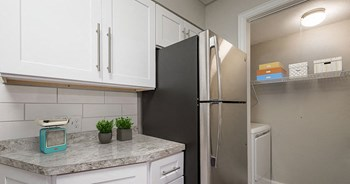 6901 NE Loop 820 1 Bed Apartment for Rent Photo Gallery 1