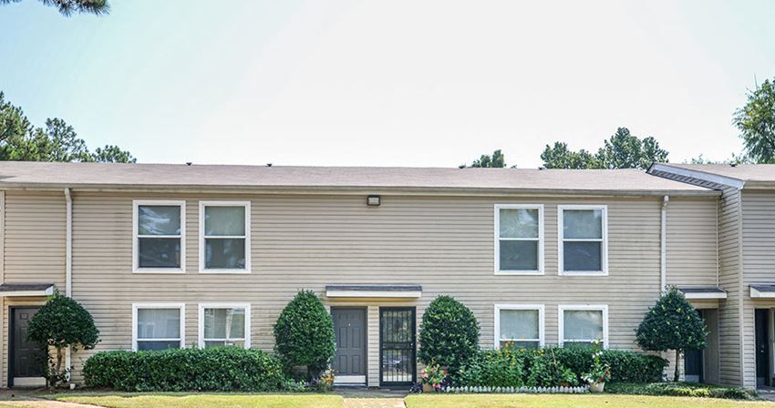 Lynnfield Place Apartments | Memphis, TN