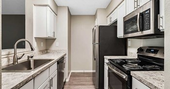 1166 Pointe Newport Terrace 1 Bed Apartment for Rent Photo Gallery 1