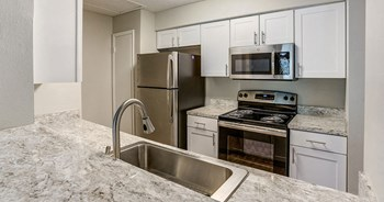 1166 Pointe Newport Terrace 1-3 Beds Apartment for Rent Photo Gallery 1