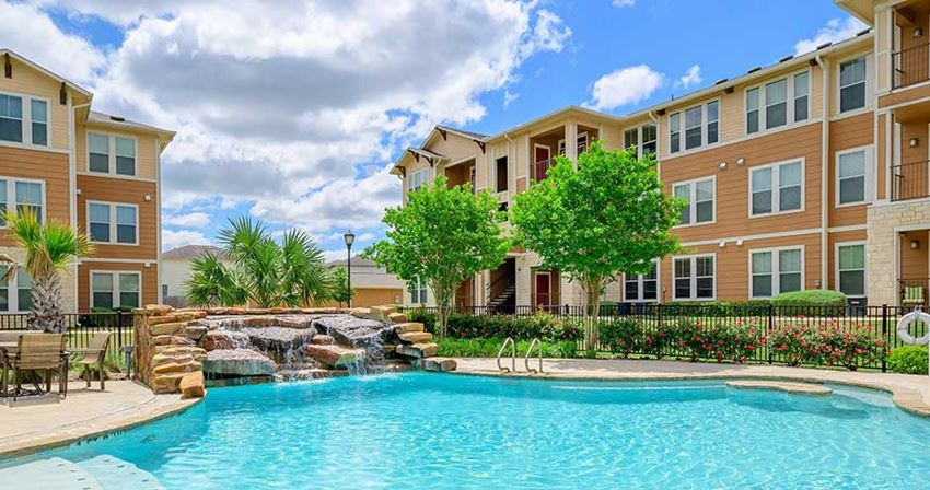 Parkway Grande Swimming Pool, San Marcos, Texas