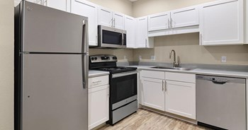 3311 Renwood Blvd 2 Beds Apartment for Rent Photo Gallery 1