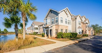 10558 Eastern Shore Blvd 1-3 Beds Apartment for Rent Photo Gallery 1