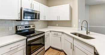 2590 Greenhill Way 1 Bed Apartment for Rent Photo Gallery 1