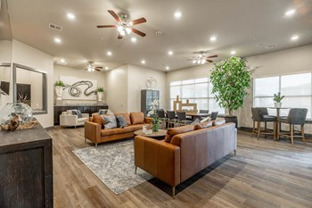 6200 Watkins Ave 1-2 Beds Apartment for Rent Photo Gallery 1