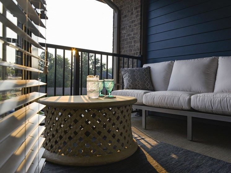 Model Outdoor Patio at 9910 Sawyer Apartment Homes in Louisville, Kentucky, KY