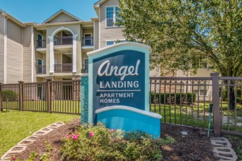 9885 North Loop Road 1-3 Beds Apartment for Rent Photo Gallery 1