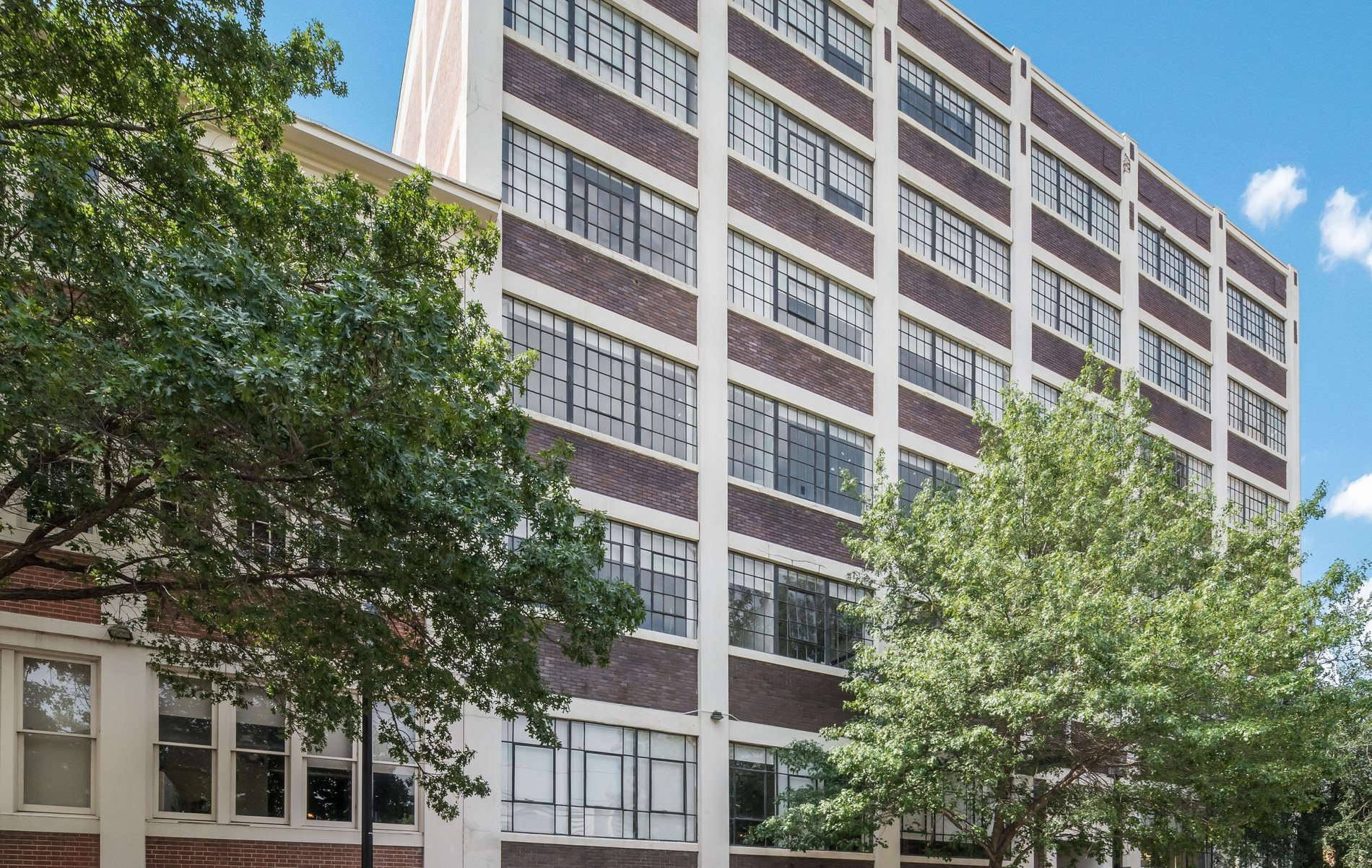 Building Exterior at 3200 Main Lofts in Deep Ellum, Dallas, Texas, TX