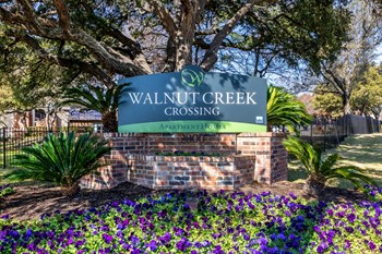 2000 Cedar Bend Dr. 1-2 Beds Apartment for Rent Photo Gallery 1