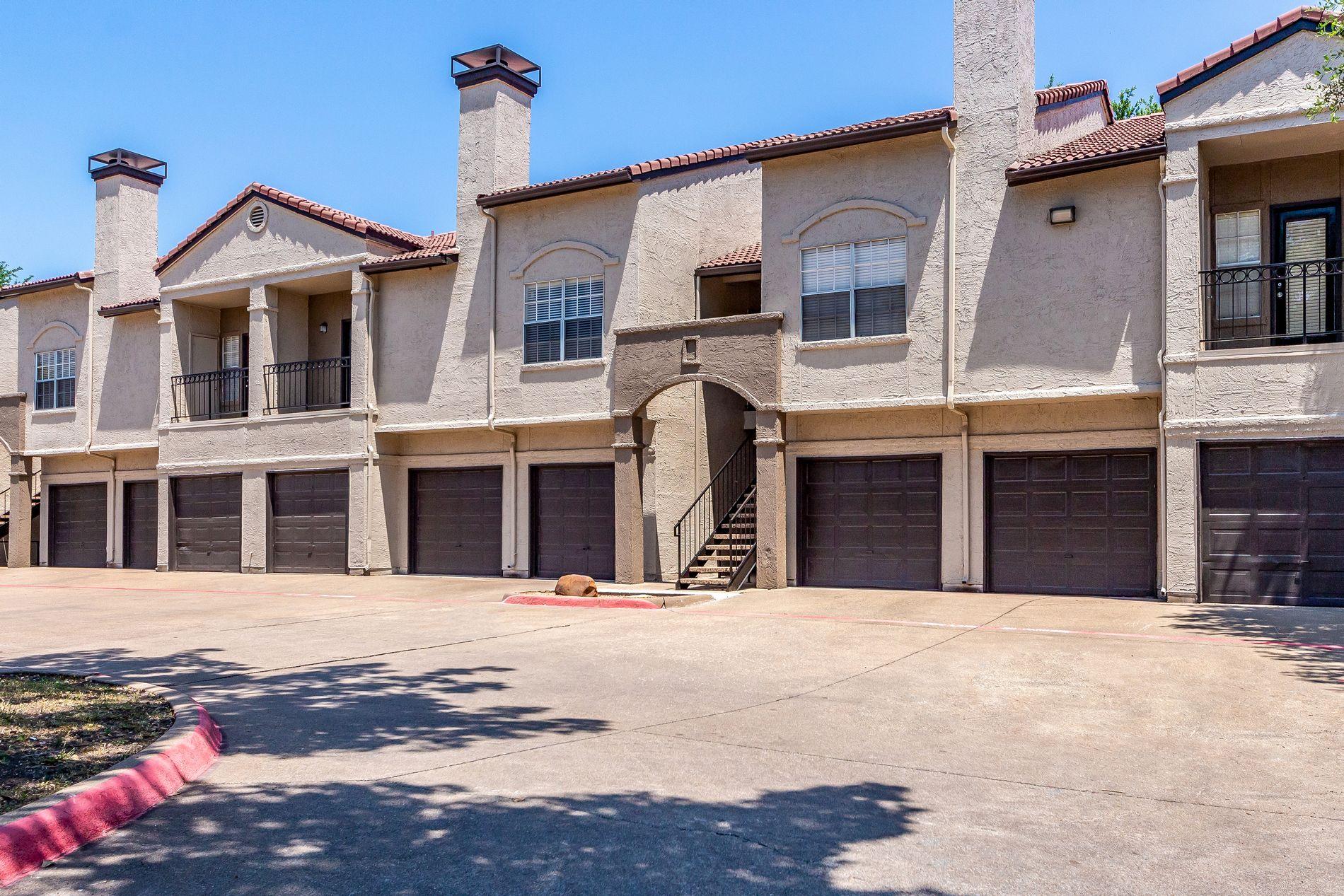 Apartment Building at La Costa Apartments in Plano, Texas, TX