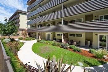 5959 Van Alstine Avenue 2 Beds Apartment for Rent Photo Gallery 1