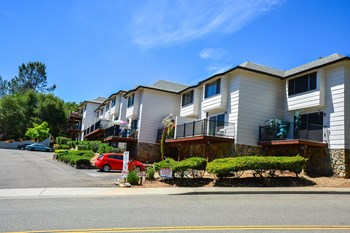 12100 Persimmon Terrace 1 Bed Apartment for Rent Photo Gallery 1