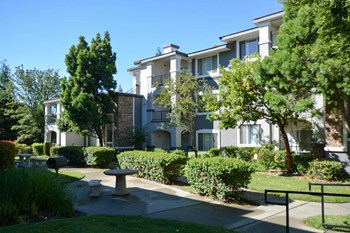 701 Gibson Drive 1-3 Beds Apartment for Rent Photo Gallery 1