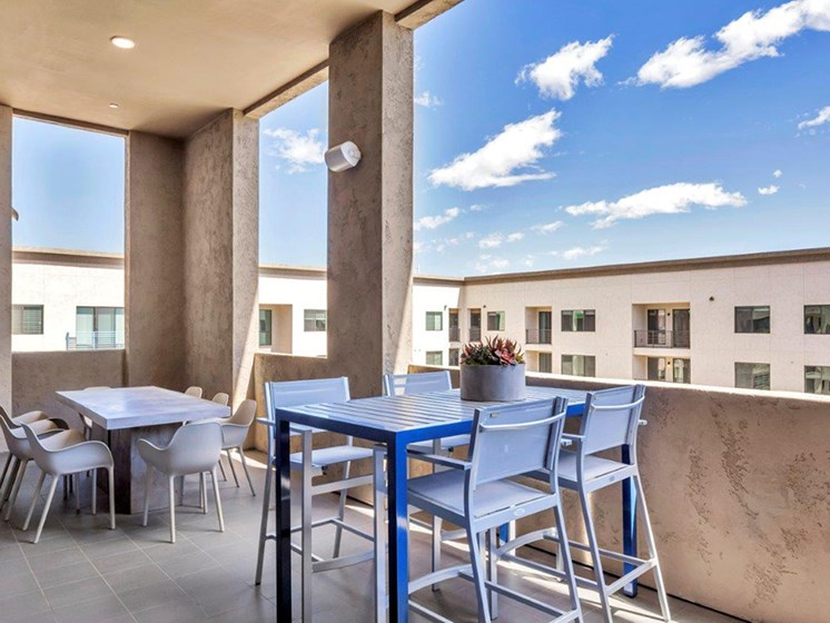 Clubhouse Patio at The Curve at Melrose Luxury Apartments, Phoenix, AZ