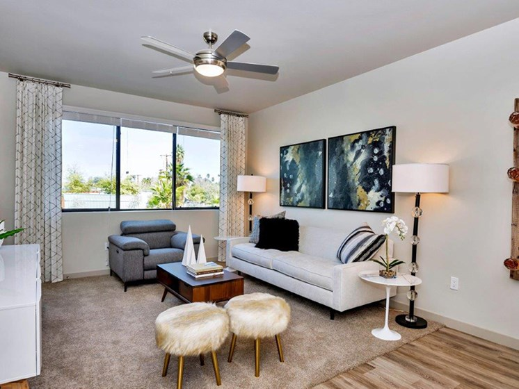 Living Room at The Curve at Melrose Luxury Apartments, Arizona