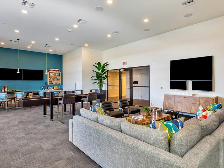 Luxury Living Spaces at The Curve at Melrose Luxury Apartments, Phoenix, AZ