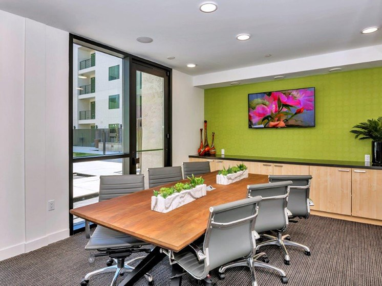Think Tank Conference Center at The Curve at Melrose Luxury Apartments, Phoenix, AZ, 85013