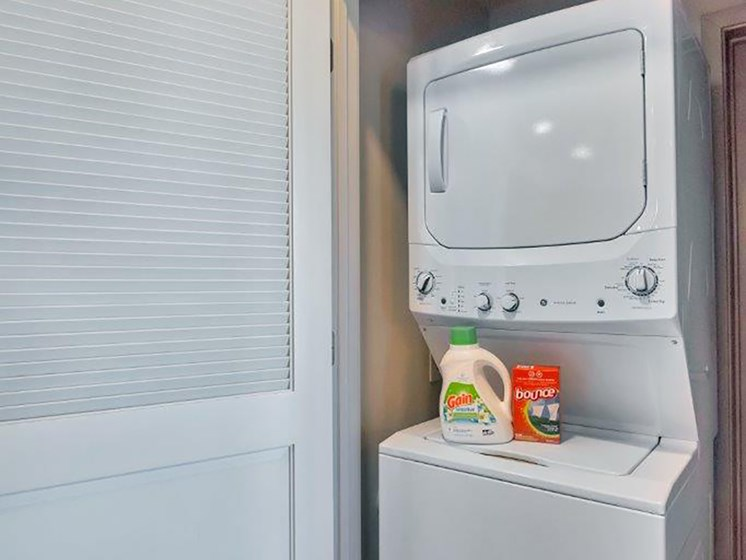 Washer and Dryer at The Curve at Melrose Luxury Apartments, Arizona, 85013