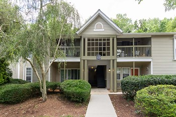 1141 Crab Orchard Drive Studio-3 Beds Apartment for Rent Photo Gallery 1