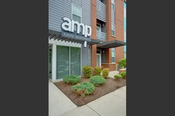 Amp Apartments 2030 Frankfort Avenue Louisville Ky Rentcafe
