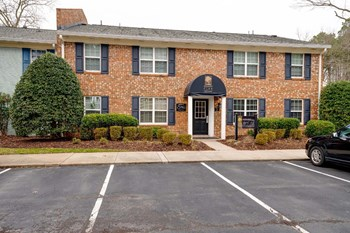 201 Tam-O-Shanter Blvd. 1-3 Beds Apartment for Rent Photo Gallery 1