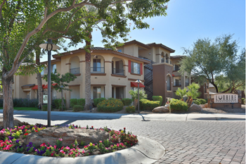 949 S. Goodyear Blvd 1-3 Beds Apartment for Rent Photo Gallery 1