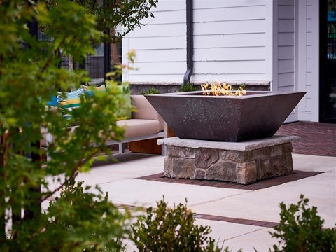 Outdoor Berewick Pointe Fireplace in Charlotte, NC Apartments for Rent