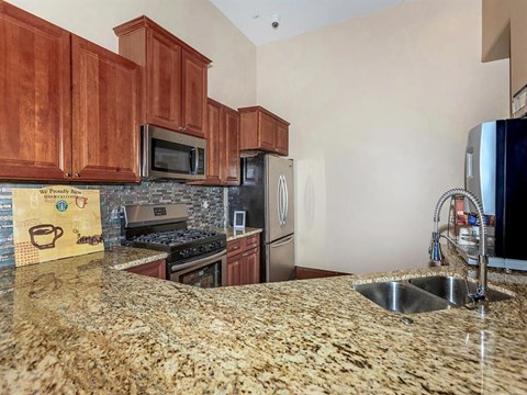 Granite Countertop Montecito Pointe Kitchen in Las Vegas, NV Apartment Homes