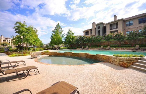Lounging by the Pool at Stoneleigh on Cartwright Apartments, J Street Property Services, Mesquite,Texas