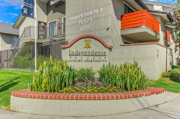 8735 Independence Avenue Studio Apartment for Rent Photo Gallery 1