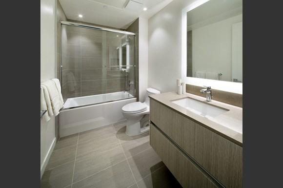 Westchester Apartments Flight Bathroom