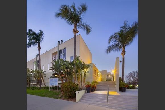 NMS-Warner-Center-San-Fernando-Luxury-Apartment-Facade-Evening.jpg