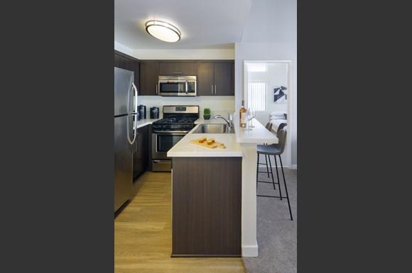 Northridge-Luxury-Apartment-Interior-Kitchen-Stainless-Steel-Appliances