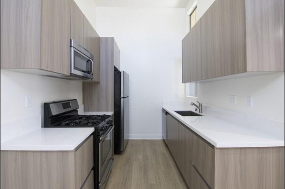 San-Fernando-Valley-Apartments-Warner-Center-unit-202-Kitchen.jpg