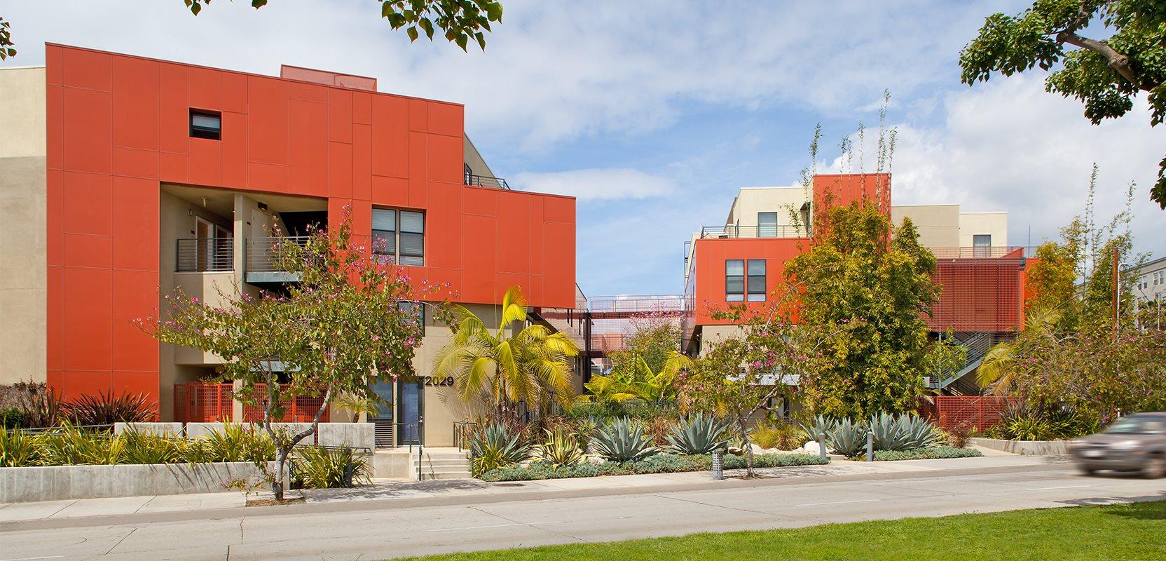 Santa-Monica-Apartment-SAMO-Apartments-Olympic-Exterior-Facade