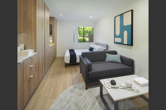 West-Hills-Apartments-mysuite-Bedroom-Junior-Suite