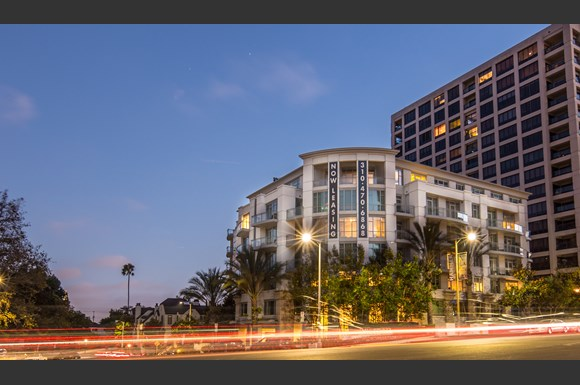 Westwood Luxury-Apartments-Wilshire-Victoria--Exterior